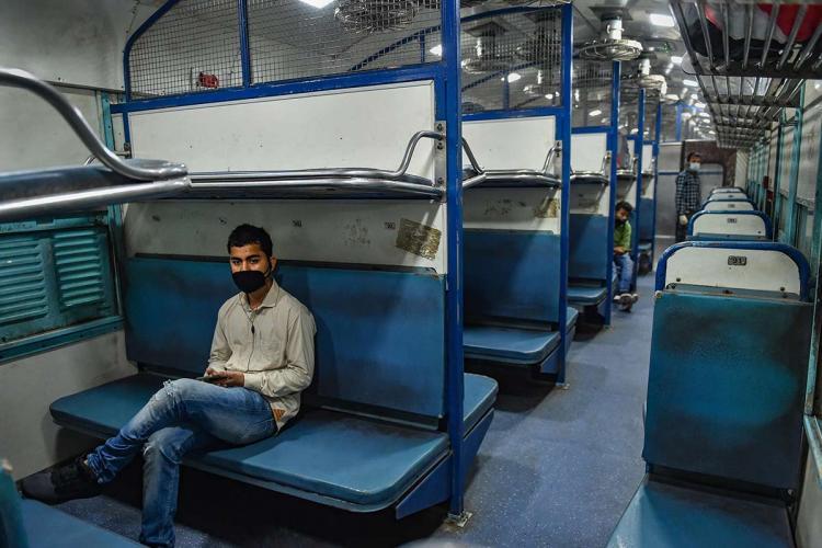 Karnataka waives institutional quarantine for Delhi TN returnees