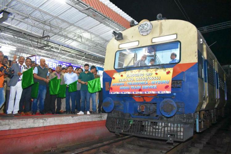 Bengaluru activists meet Chief Secy urge him to take up suburban rail work
