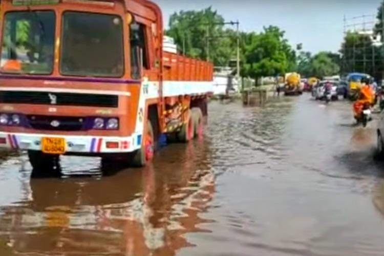 Amidst water scarcity frequent pipeline bursts in Madurai worry residents