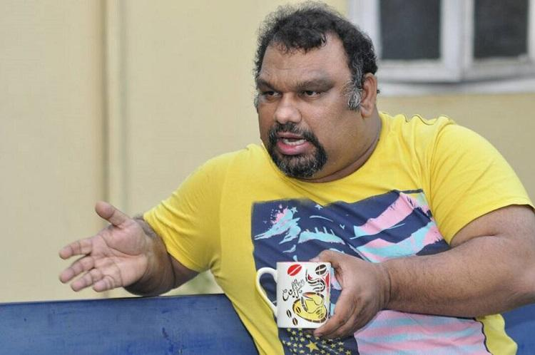 Telangana police ban film critic Mahesh Kathi from entering Hyd for 6 months