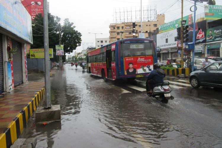 Potholes and overflowing sewers the pitiable condition of Vijayawada roads after rains