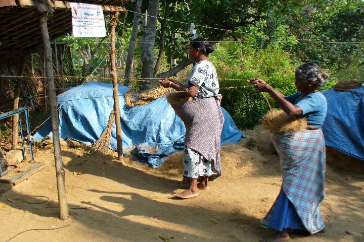 In Tripunithura a dying coir industry is the burning issue this election
