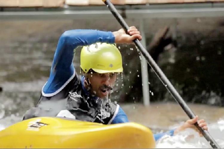 Video Thrilling highlights of Keralas Malabar river festival