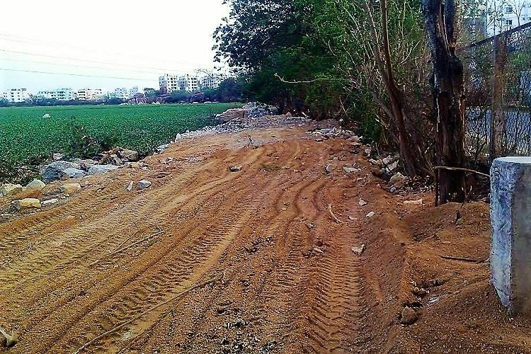Hyderabad High Court stays construction activity of walkway at Malkam lake