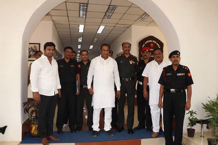 Reopen all roads in Secunderabad Cantonment Malkajgiri MP tells Army officials