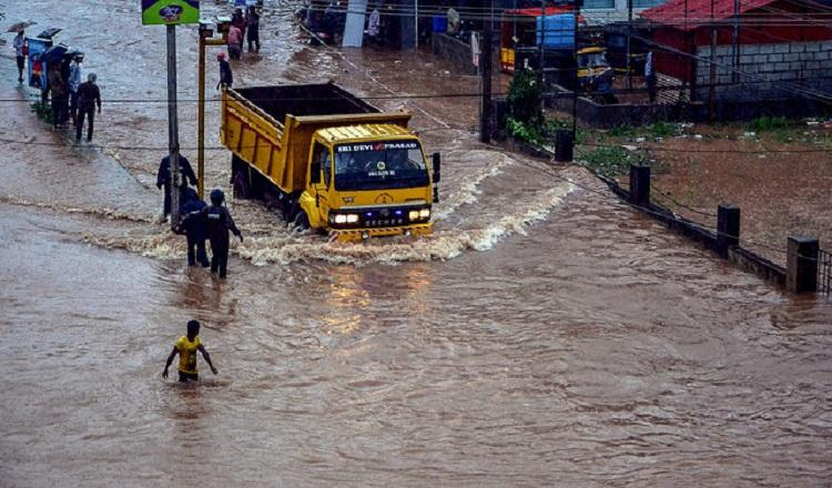 As rains lash Dakshina Kannada good Samaritans open their homes out to those in need