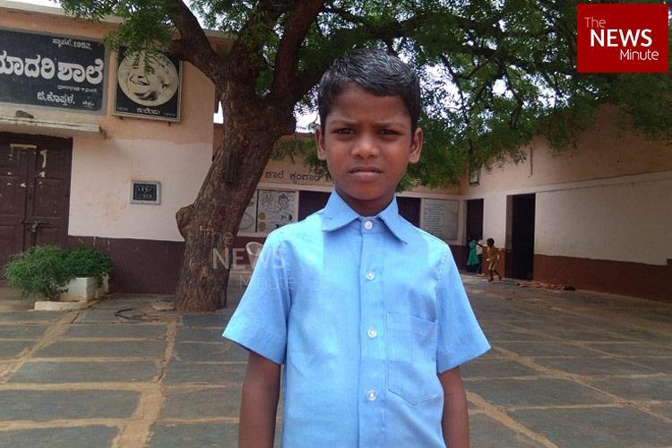 Given only one uniform set despite RTE rule class 4 boy goes to Karnataka HC