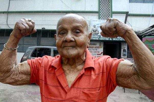 Pocket Hercules Indias first Mr Universe Manohar Aich passes away