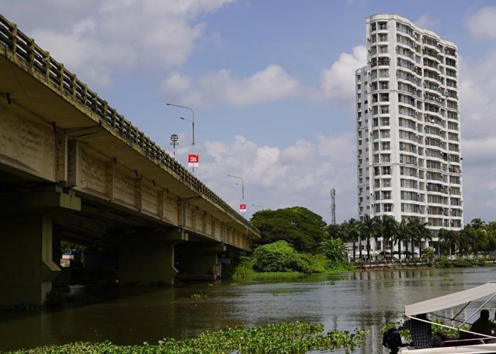 Time set for demolition of Keralas Maradu flats H2O Holy Faith to be razed first