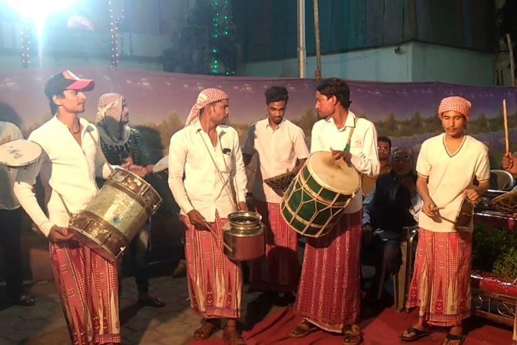 Hyderabads Marfa music The Yemeni beats that bring the citys festivities to life