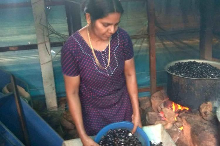 How clams are providing a lucrative livelihood to women in coastal Kozhikode
