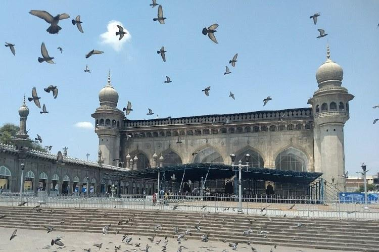 All 5 accused in Hyd Mecca Masjid blast including Aseemanand acquitted