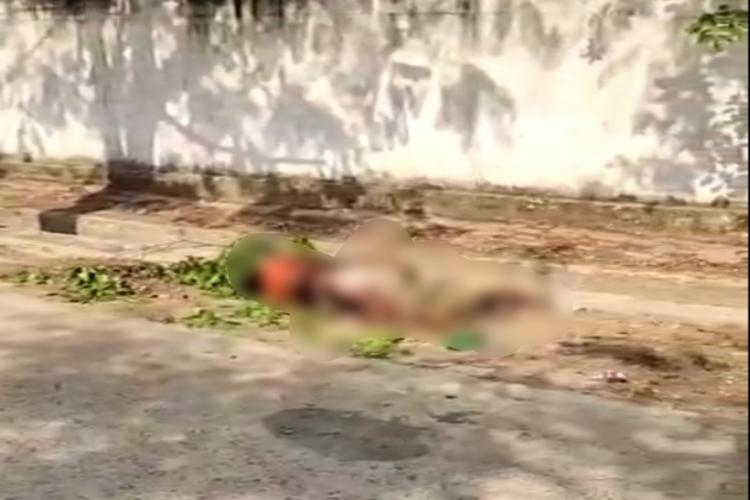 Woaman gives birth to stillborn child outside Telangana PHC