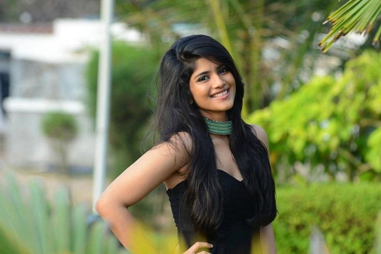Megha Akash teams up with Atharvaa signs another film with Nithiin