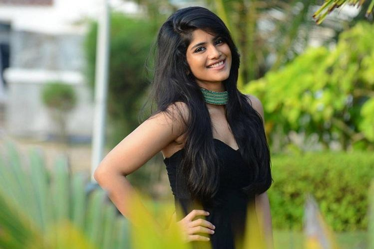 Megha Akash to pair up with Nani in next project