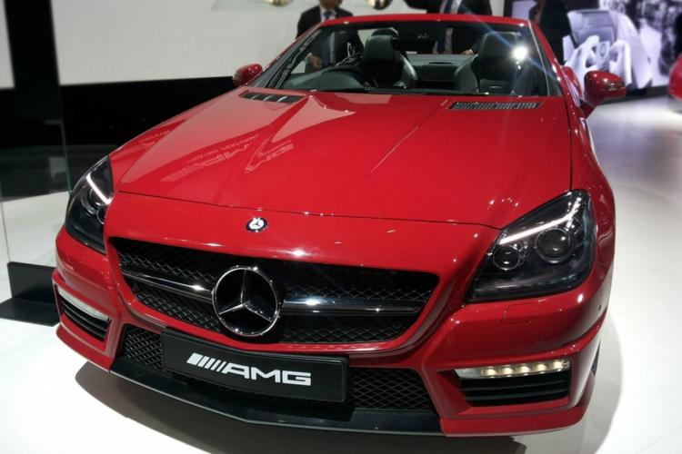 Mercedes-Benz India delivers 550 cars during ongoing festive season