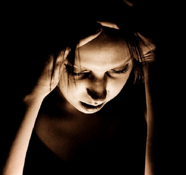 All you need to know about migraines and why 7 out of 10 women are affected