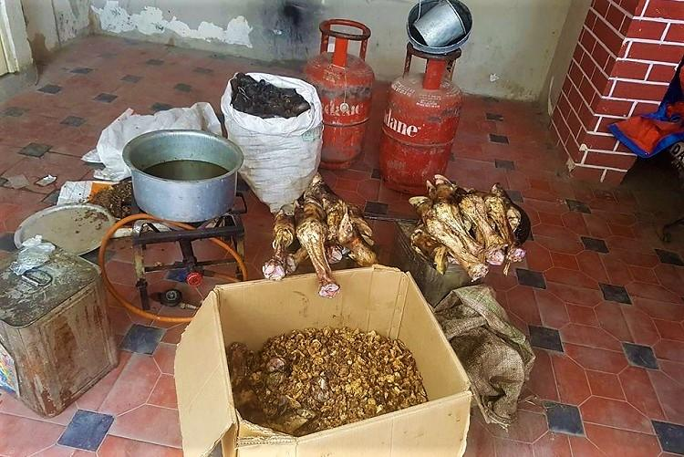 Hyd police arrest man for extracting oil from animal waste and selling to fast food joints