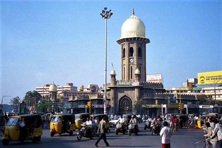 Top official adopts Hyds Moazzam Jahi market promises to restore it in 4 months