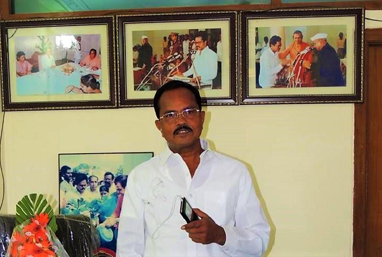 Senior Telangana TDP leader breaks down on camera after being expelled by Naidu