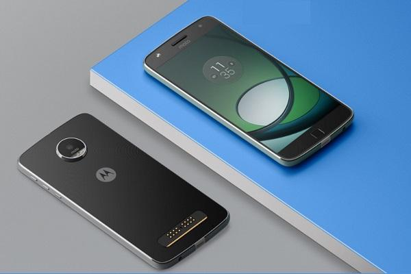 Moto Z2 Play review Sports 55-inch super-AMOLED screen with Corning Gorilla Glass 3