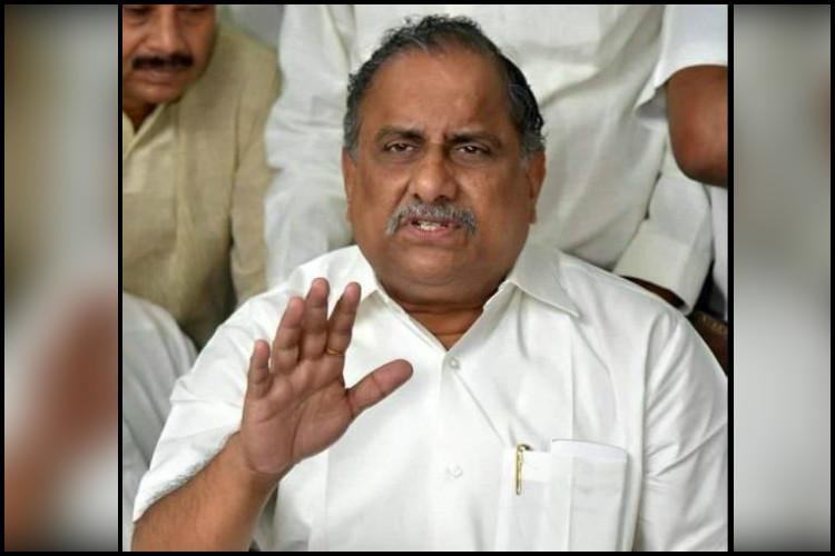 Chalo Amaravati Kapu leader Mudragada lashes out at Andhra CM Naidu all set for padayatra