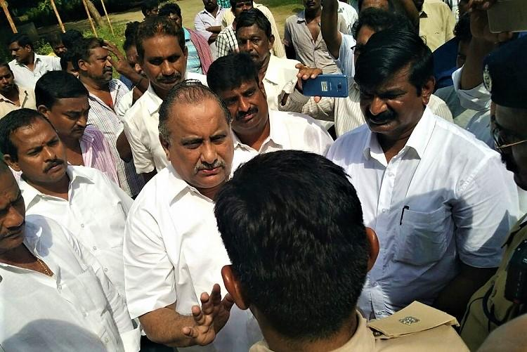 Police to be present at Andhra Kapu leaders house until permission given for padayatra