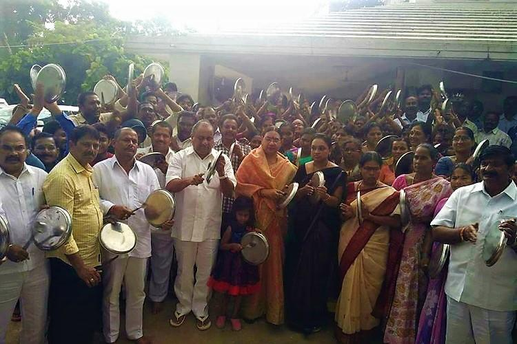 Andhra Kapu leader Mudragada Padmanabham refuses to step back to resume padayatra attempt