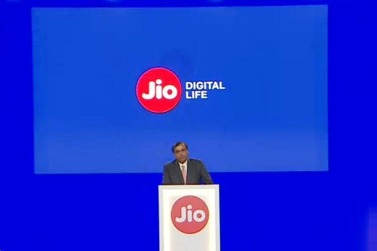 Reliance to create hybrid online-to-offline retail platform Mukesh Ambani