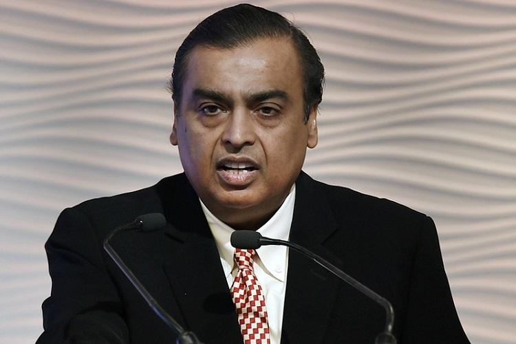 Mukesh Ambani speaking at an event