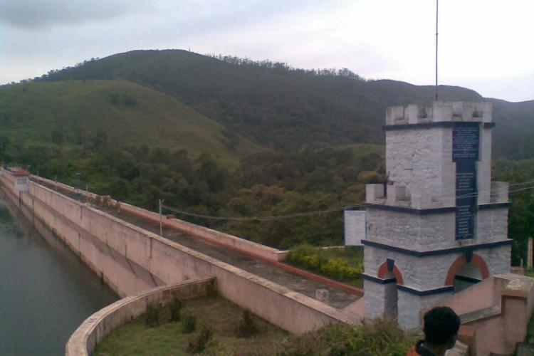 SC suggests Mullaperiyar levels to be lowered orders crisis management body to meet