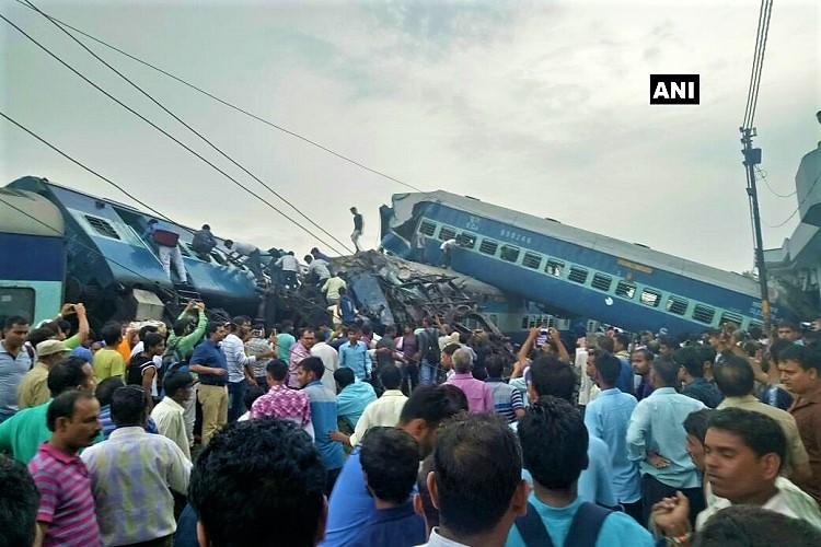 23 dead several injured as 14 coaches of Kalinga Utkal Express derail in Muzaffarnagar
