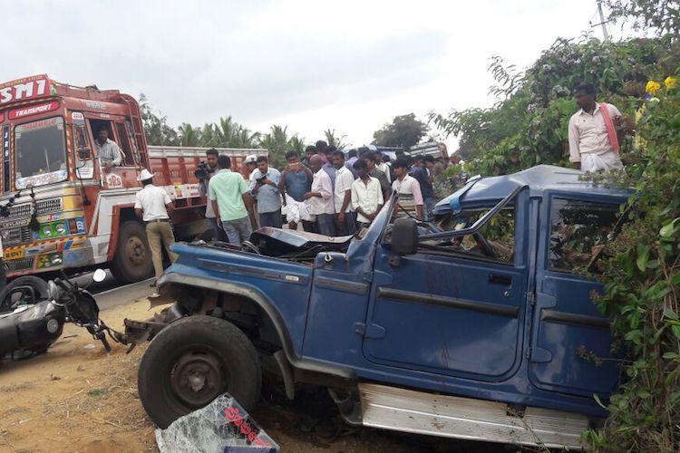 Shocking apathy Mysuru cop bleeds to death after road crash onlookers click photos