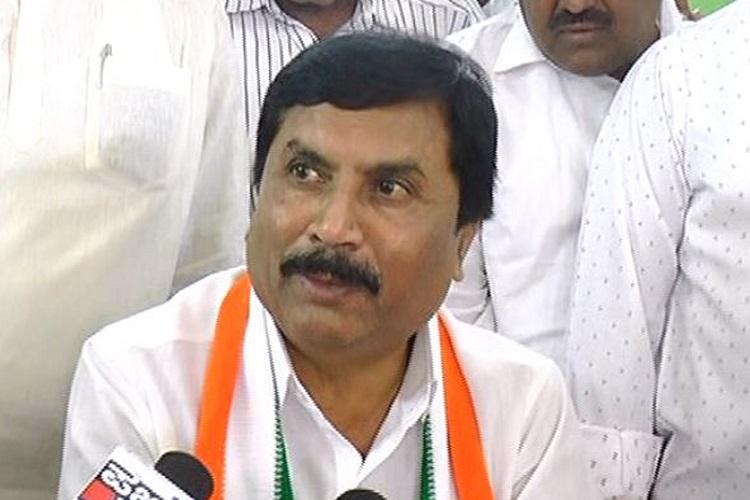 Want Siddaramaiah as CM Karnataka Min triggers rumours of coup