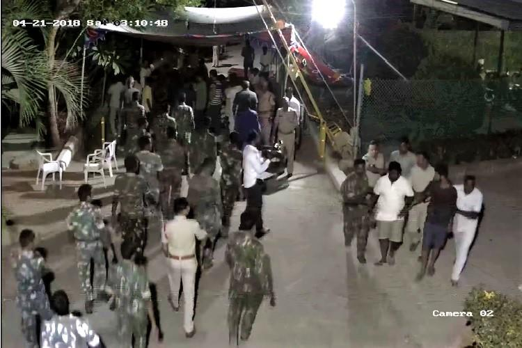 Watch Police detain protesting NITHM students in Hyderabad pull down their tent