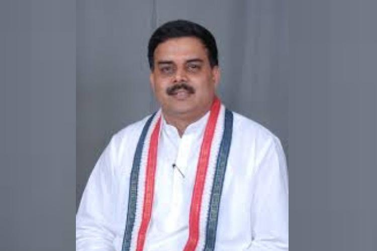 Former AP Speaker Nadendla Manohar resigns from Congress to join JSP
