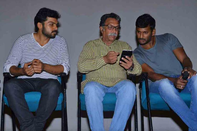 Vishal reveals why Vijay Ajith didnt attend Nadigar Sangam fund-raising matches