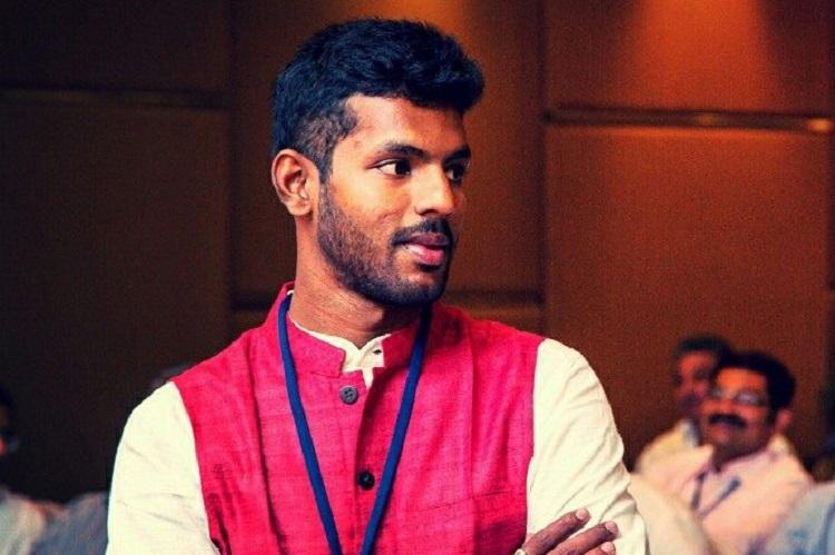 This Andhra youngster is travelling across the state asking youth to engage in politics