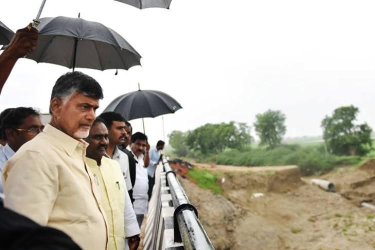 Cyclone Vardah to hit Andhra coast on Monday state reviews preparation