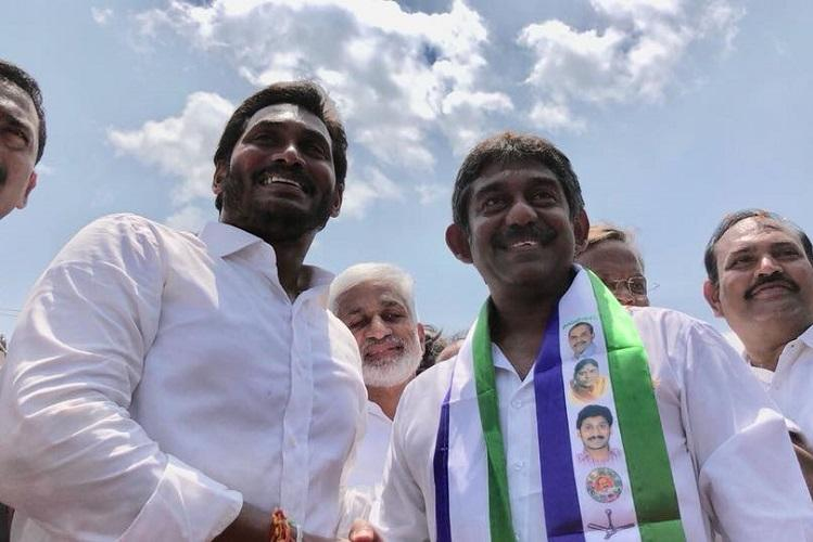 Former Andhra CM Janardhana Reddys son joins YSRCP after meeting Jagan in Vizag