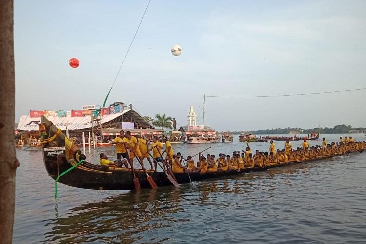 Keralas Nehru Trophy Boat Race kicks off with Allu Arjun Kerala Blasters in attendance
