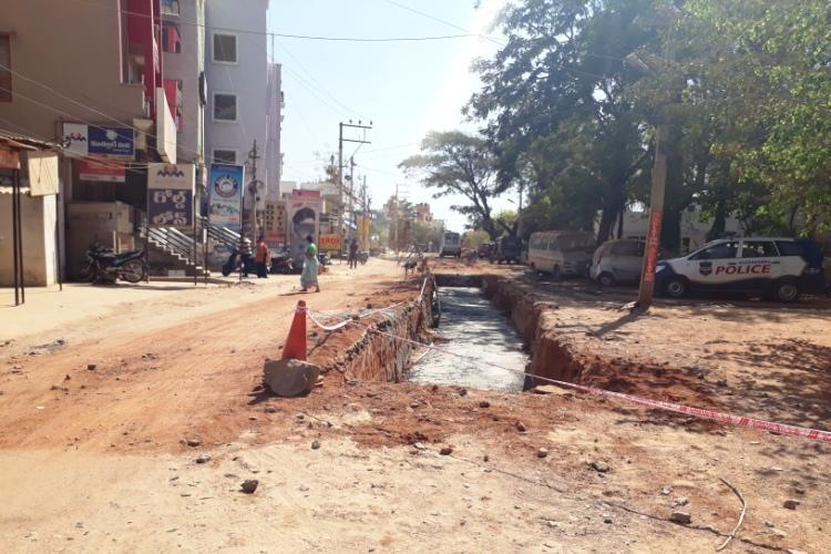 So much construction so little road No end to travel woes of Secunderabad residents
