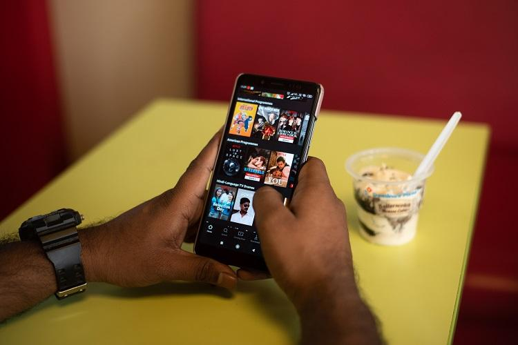 Netflix is experimenting weekly mobile-only plan for Rs 65 in India