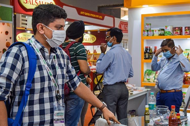 Bengaluru techies wife and kid test positive for coronavirus total 4 cases in city