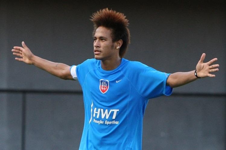 Brazil football star Neymar accused of rape in Paris Reports