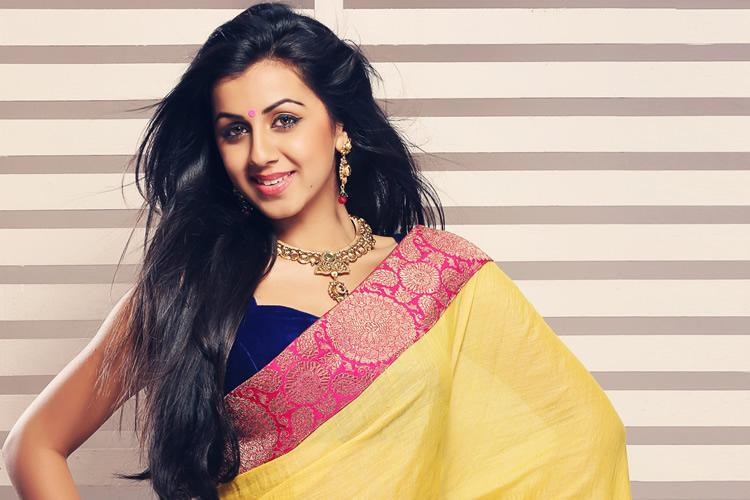 Nikki Galrani roped in for Dhamaka