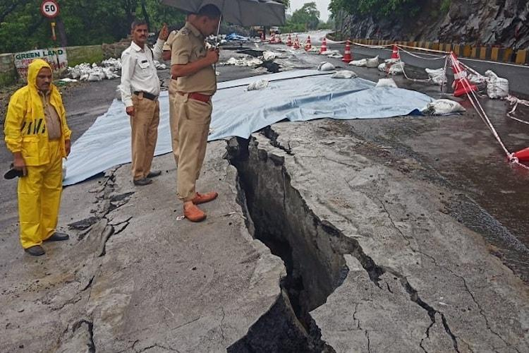 Major crack in Kasara Ghat road due to rains, bus services from