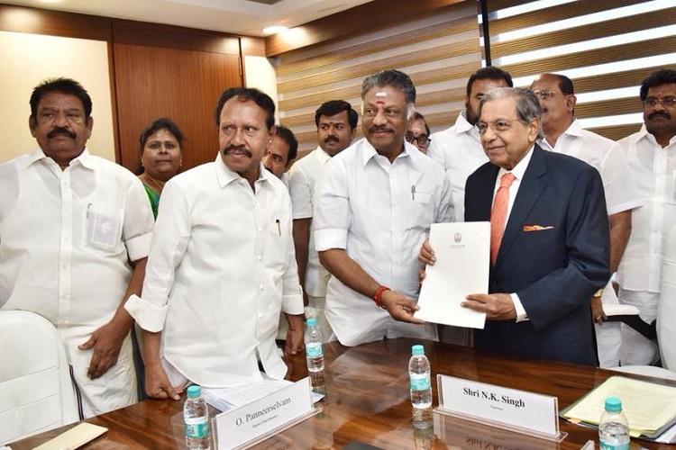 Tamil Nadu Deputy CM Panneerselvam meets 15th Finance Commission Chairman
