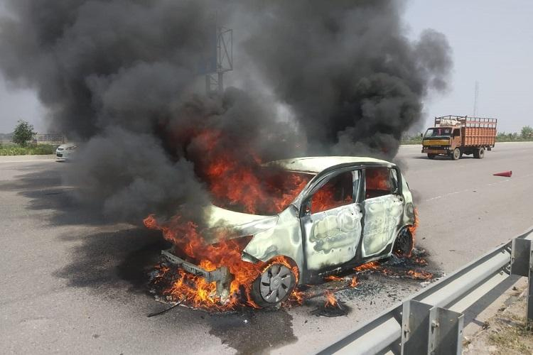 Man charred to death after car catches fire on Hyds outer ring road