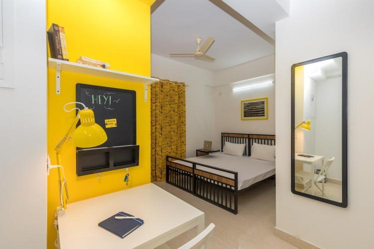 OYO Life bedroom